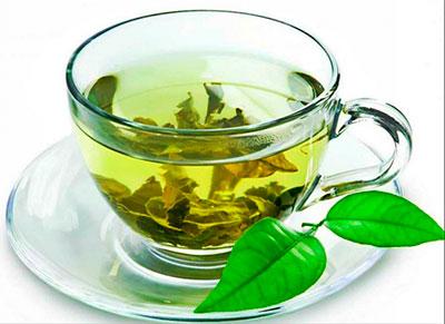 разгрузочный день на зеленом чае с молоком